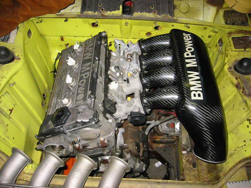Dtmbox on Bmw E36 M3 Engine Bay